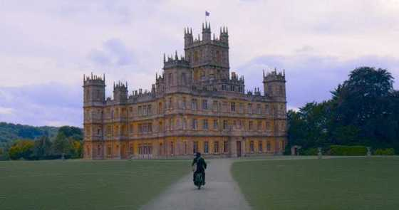 Downton Abbery - Movie TRailer